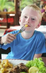 Healthy dining out with your family