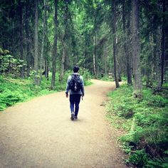 .@tomofromearth on the MARS hike #marsinfinland