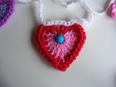 Crochet hearts ~ not a pattern, super cute