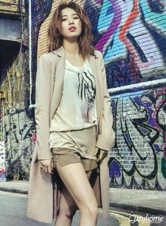 Miss A member Suzy in April Issue Of Cosmopolitan in London Bae Suzy, Korean Beauty, Asian Beauty, Miss A Suzy, Korean People, Korean Celebrities, Korean Model, Perfect Woman, Stylish Girl