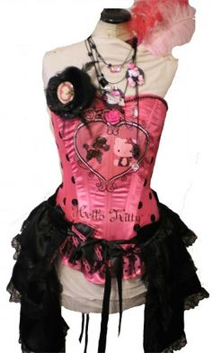 Even with so much pink, I still like the aesthetic of this corset...