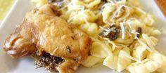 Κοτόπουλο με μανιτάρια και κοχυλάκια: Εξαιρετικά νόστιμο φαγητό με μια σάλτσα που θα θέλετε να βουτάτε το ψωμάκι και να μην τελειώνει! Chicken, Meat, Food, Essen, Yemek, Buffalo Chicken, Cubs, Meals, Rooster