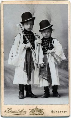 Budapest - by Schmidt Ede - Hungary Vintage Postcards, Vintage Images, Vintage Kids, Anthropologie, Boys Don't Cry, The Shepherd, Budapest Hungary, Folk Costume, My Heritage