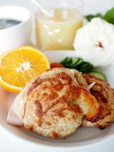 Helpot Aamupalasämpylät | Annin Uunissa Great Recipes, Favorite Recipes, Turkey, Meals, Breakfast, Food, Morning Coffee, Turkey Country, Meal