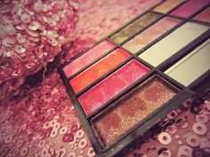 Eloquence Hijab ❤ : Beautiful Pink Eye Makeup Tutorial!