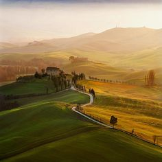 Val d'Orcia, Tuscany, by Jaroslaw Pawlak
