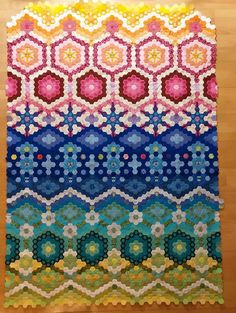 Hexagon Quilt Pattern, Hexagon Patchwork, Quilt Block Patterns, Quilt Blocks, Sewing Machine Quilting, Foundation Piecing, How To Finish A Quilt, English Paper Piecing, Applique Quilts