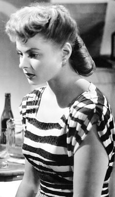 Ingrid Bergman in Notorious (Alfred Hitchcock, 1946) wearing a gown by Edith Head