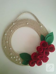 Door ornament with red rose detail from felt with half pearls and twine rope . Diy Crafts Hacks, Diy Home Crafts, Diy Arts And Crafts, Diy Bottle, Wine Bottle Crafts, Jute Crafts, Felt Crafts, Art N Craft, Craft Stick Crafts