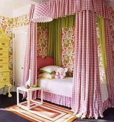 Coole Kleinkinderzimmer-Ideen für Mädchen - Einzelbett mit Vorhängen