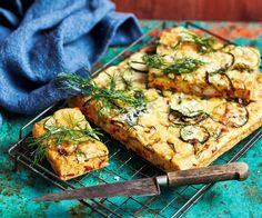 This easy to make slice makes a great meal served with salad. And it's perfect for the lunchbox too! Raspberry Coconut Slice, Chocolate Coconut Slice, Deep Fried Zucchini, Zucchini Slice, Muesli Slice, Savoury Slice, Ginger Slice, Light Recipes, Easy Recipes