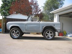 1971 Ford Bronco--I LOVE THIS!!!