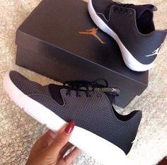 Air Jordan   Eclipse   Black & White