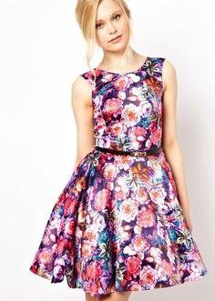 Платье футляр с цветочным принтом