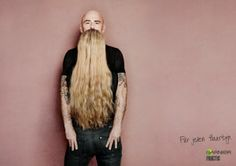 Think you're looking at a man with a long silky beard? Look again. A clever optical illusion promoting the Garnier Fructis range of hair products. Photo Illusion, Funny Optical Illusions, Optical Illusion Photos, Illusion Pictures, Cool Illusions, Illusion Fotografie, Illusion Photography, Foto Fun, Print Ads
