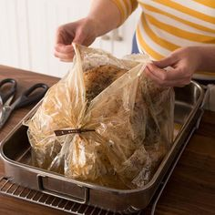 How to Cook a Turkey in an Oven Bag: Turkey that has been made in a roasting bag. Learn how to cook a turkey in an oven bag, and a perfectly browned, juicy Thanksgiving turkey could be on your table this year—finally! Cooking A Frozen Turkey, Turkey Cooking Times, Baking A Turkey, Turkey Roasting Bag, Roasting Bags, Pesto Hummus, Herb Roasted Turkey, Baked Turkey, Cook Turkey In Oven