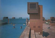 BEAU Aldo Rossi, Ricardo Bofill, Brooklyn Park, Willis Tower, Egypt, Paradise, Backyard, Island, Mansions