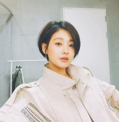 Oh Yeon-seo's fascinating short hairstyle @ HanCinema :: The Korean Movie and Drama Database