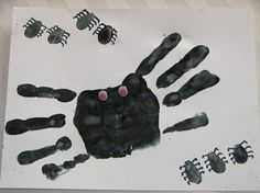 Preschool Crafts by alberta spider hand print and thumb prints for letter Ss and an adorable halloween craft also Preschool Arts And Crafts, Daycare Crafts, Classroom Crafts, Classroom Fun, Preschool Activities, Crafts For Kids, Preschool Kindergarten, Future Classroom, Toddler Crafts
