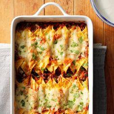 Smoky Sweet Potato and Black Bean Enchiladas - TwoStyles Corn Tortilla Recipes, Enchilada Recipes, Corn Recipes, Mexican Food Recipes, Vegetarian Recipes, Cooking Recipes, Vegetarian Dish, Ethnic Recipes, Cinco De Mayo