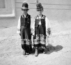 """FORTEPAN is an on-line private photo collection, created by Ákos Szepessy and Miklós Tamás. In their collections about """"matyó"""" folk dress from Mezőkövesd, Hungary. Folk Costume, Costumes, Folk Clothing, Textiles, Folk Dance, Vintage Images, Time Travel, Old Things, Embroidery"""