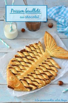 chocolate flaky fish April www. - les filles de la colline - - poisson feuilleté chocolat avril www.la-gourmandis… chocolate flaky fish april www. Cute Food, Good Food, Pastry Design, Bread Shaping, Bread Art, Snacks Für Party, Food Humor, Nutella, Dessert Recipes
