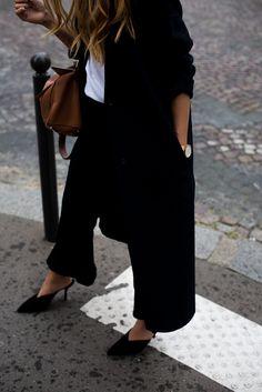 theadorabletwo_paris_fashion_week_16_desi_teetharejade_trasher_t-shirt_zara_hose_prada_mules_loewe_tasche
