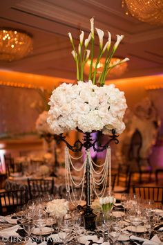 Event Production by Luna Gardens Events Venue : The Peninsula Beverly Hills Photography: Jen O'Sulllivan
