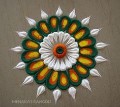 Easy Rangoli Designs Diwali, Rangoli Designs Flower, Small Rangoli, Rangoli Ideas, Diwali Rangoli, Flower Rangoli, Rangoli With Dots, Beautiful Rangoli Designs, Rangoli Colours