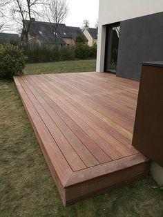 Building A Deck 353391902009805038 - Terrasse bois. Patio Deck Designs, Patio Design, Garden Design, Backyard Patio, Backyard Landscaping, Backyard Movie, Floating Deck, Building A Porch, Diy Deck