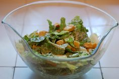 You can make the best Caesar Salad dressing you've ever had in just 3 minutes with a mason jar and an immersion blender. Add the ingredients & mix. Homemade Caesar Salad Dressing, Salad Dressing Recipes, Chicken Salad Recipes, Salad Dressings, Classic Caesar Salad, Ceasar Salad, Easy Salads, Healthy Salads, How To Make Salad