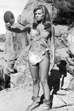 Happy birthday to that icon the cinema, the fabulous Raquel Welch, seen here on location for Hammer films ONE MILLION YEARS, B. I must say, Raquel. Rachel Welch, Hollywood Stars, Classic Hollywood, Old Hollywood, Hollywood Actresses, Actors & Actresses, Surfer Girl Style, Actrices Hollywood, Classic Beauty