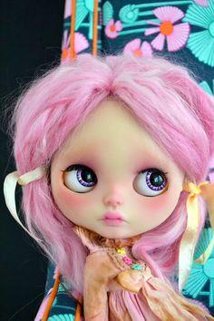 Hey, I found this really awesome Etsy listing at https://www.etsy.com/listing/486233224/zara-custom-blythe-doll
