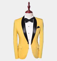 Mens Tuxedo Suits, Tuxedo For Men, Tuxedo Jackets, Yellow Suit, Yellow Blazer, Color Yellow, Wedding Suit Styles, Wedding Suits, Wedding Groom