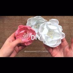Making Hair Bows, Diy Hair Bows, Diy Bow, Diy Ribbon, Paper Flowers Craft, Flower Crafts, Diy Flowers, Fabric Flower Brooch, Fabric Flowers