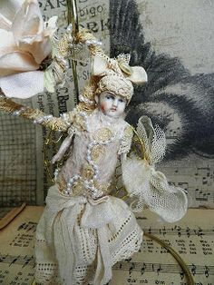 Vintee Town Bears & Dolls: Two more altered dolls art