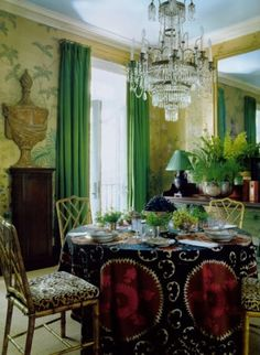 eclectic green chinoiserie dining room