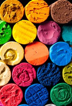 """Life is a canvas, you are the brush, and all the colors lay before you. Paint your portrait."" - Chris Mott - Find Your Sprinkles Happy Colors, True Colors, All The Colors, Bright Colors, Taste The Rainbow, Over The Rainbow, World Of Color, Color Of Life, Art Pastel"