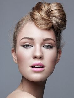 Web Collection Work Hairstyles, Pretty Hairstyles, Braided Hairstyles, Updo Hairstyle, Pelo Editorial, Whoville Hair, Whoville Costumes, Medium Hair Styles, Long Hair Styles