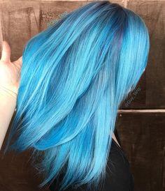 Blue hair by Guy Tang