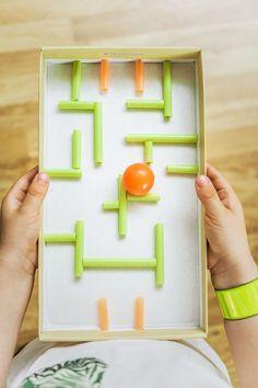 Současné děti mají spousty moderních hraček i her. Zkusili jste jim někdy nějakou vlastnoručně vyrobit? Inspirujte se našimi senzačními nápady z obyčejného papírového kartonu.