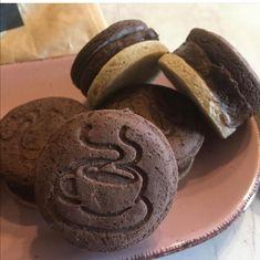Szafi Free gluténmentes csokikrémes tallérok (tejmentes, tojásmentes, szójamentes, hozzáadott cukortól mentes, vegán) – Éhezésmentes karcsúság Szafival Cookies, Free, Crack Crackers, Biscuits, Cookie Recipes, Cookie, Biscuit