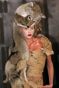 fuckyeahjohngalliano:  Christian Dior Fall 1999 Haute Couture