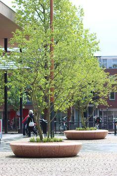OLIMPO seat planter #Deventer #Holland #Bellitalia very elegant street furniture solution arredo urbano - mobiliario urbano - mobilier urbain