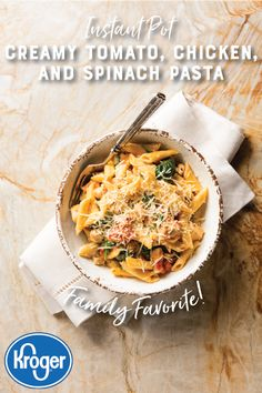 This easy, instant pasta dish will always be a family favorite this fall! Spinach Pasta Recipes, Chicken Recipes, Chicken Meals, Parmesan Recipes, Halibut Recipes, Cauliflower Recipes, Rotisserie Chicken, Cauliflower Rice, Pasta Dishes