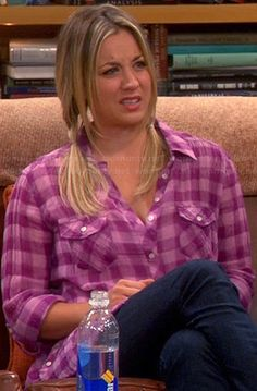Penny's purple gingham check shirt on The Big Bang Theory.  Outfit Details: http://wornontv.net/19935/ #TheBigBangTheory