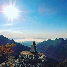 Cânion da Ronda - Bom Jardim da Serra.  Com seus 1.475 metros de altitude proporciona uma visão de tirar o fôlego. Lugar maravilhoso, onde se encontra paz junto da natureza exuberante, sem contar que rende muitas fotos como essa de @kaete_m_z