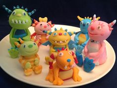 Henry Hugglemonster Fondant Cake Decorations by Henry Hugglemonster, 1st Boy Birthday, 1st Birthday Parties, Birthday Ideas, Cake Decorating With Fondant, Cake Decorating Tips, Fondant Cake Toppers, Fondant Cakes, Cake Banner
