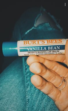 p i n t e r e s t gianna benthe★ Lip Care, Face Care, Body Care, Lip Balm Brands, How To Handle Stress, Body Hacks, Burts Bees, Glowing Skin, Face And Body