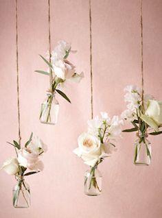 Hanging bud vases